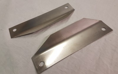 Heat shields for engine mounts (pair)