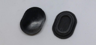 Door lower oval bungs (2)