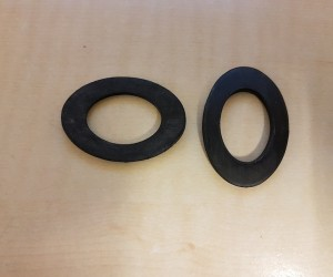 Windscreen wiper bezel seals (pair)