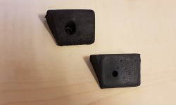 Door closing pads (pair)