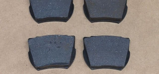Front brake pads (Series I,II)