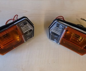 Front indicator and sidelight units (pair)